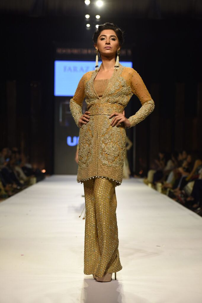 Faraz Manan Fashion Week Pakistan Karachi 2015 FPW15 16.jpeg