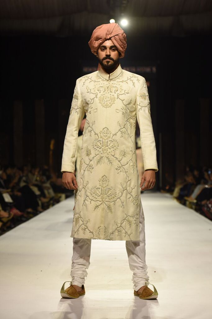 Nauman Arfeen Fashion Week Pakistan Karachi 2015 FPW15 3.jpeg