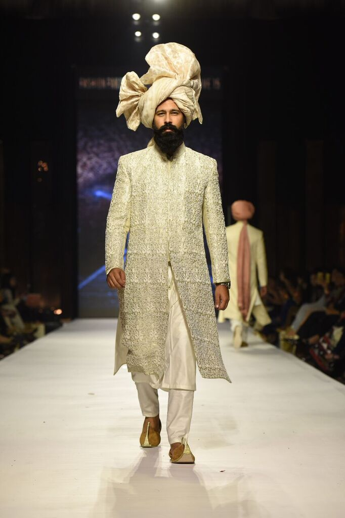 Nauman Arfeen Fashion Week Pakistan Karachi 2015 FPW15 5.jpeg