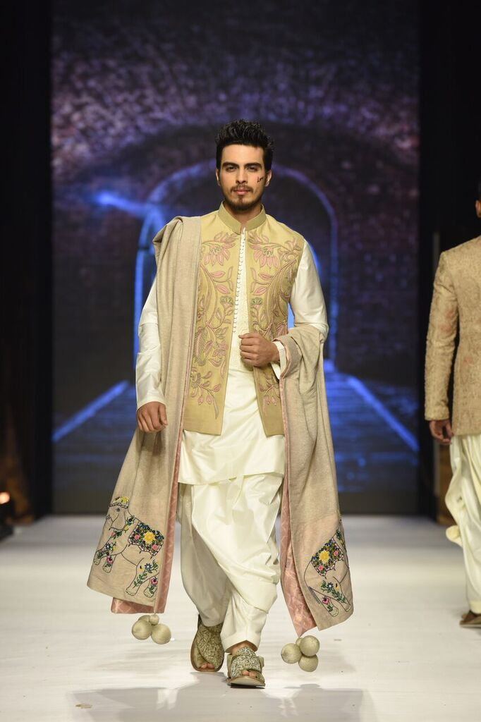 Nauman Arfeen Fashion Week Pakistan Karachi 2015 FPW15 6.jpeg