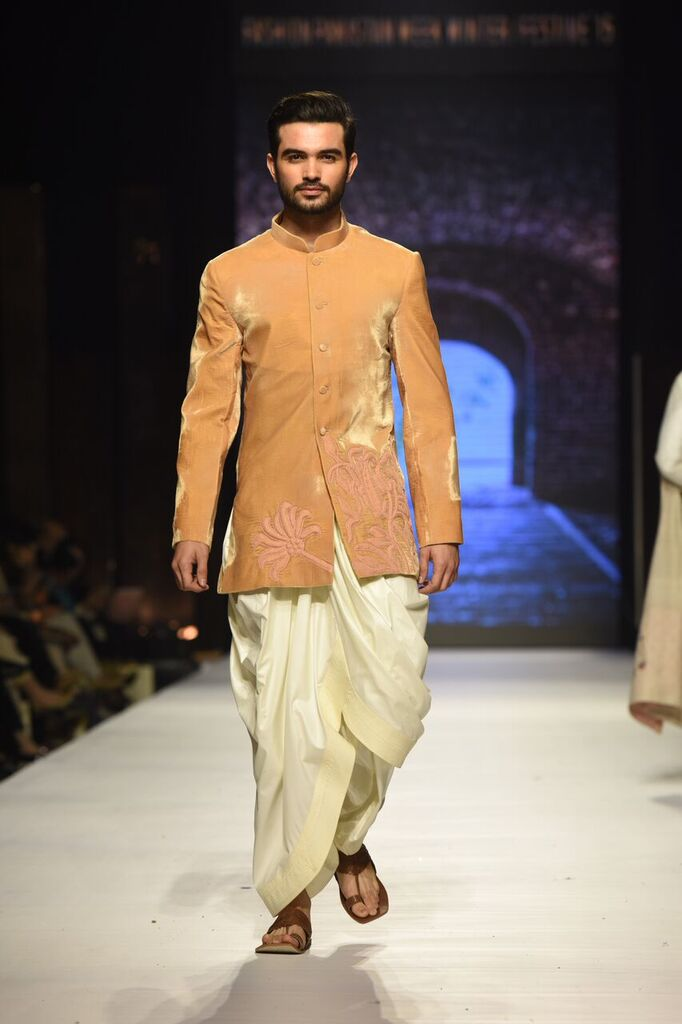Nauman Arfeen Fashion Week Pakistan Karachi 2015 FPW15 7.jpeg
