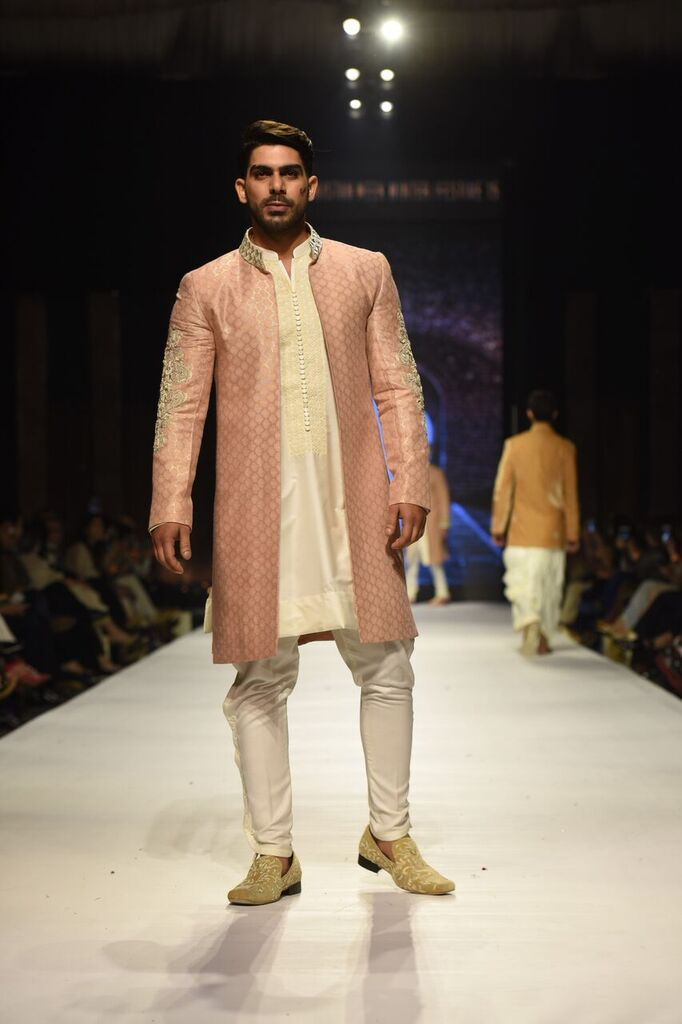 Nauman Arfeen Fashion Week Pakistan Karachi 2015 FPW15 8.jpeg