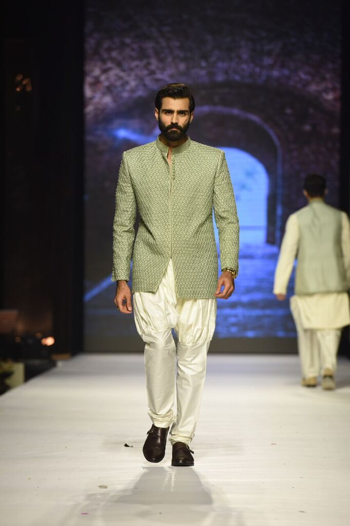 Nauman Arfeen Fashion Week Pakistan Karachi 2015 FPW15 12.jpeg