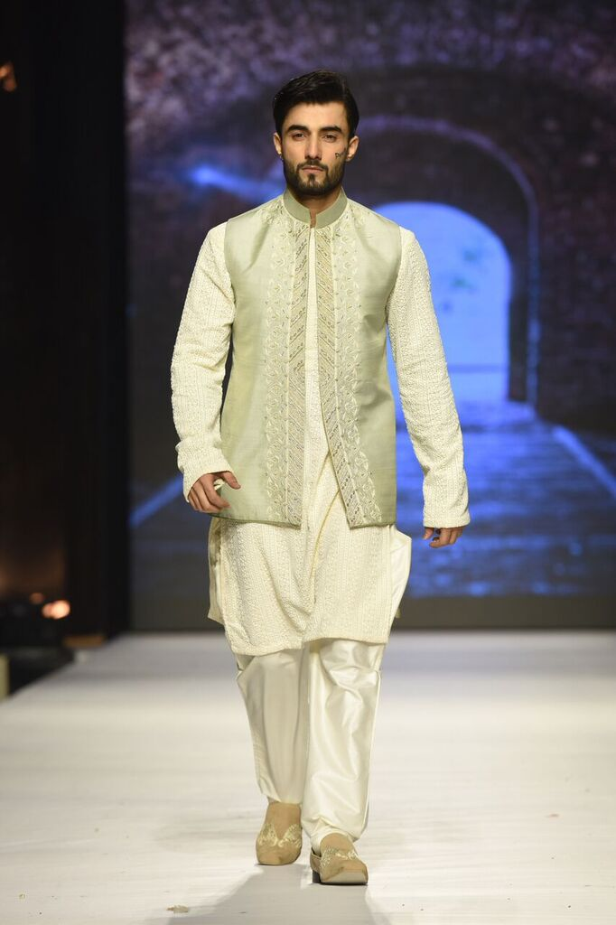 Nauman Arfeen Fashion Week Pakistan Karachi 2015 FPW15 11.jpeg