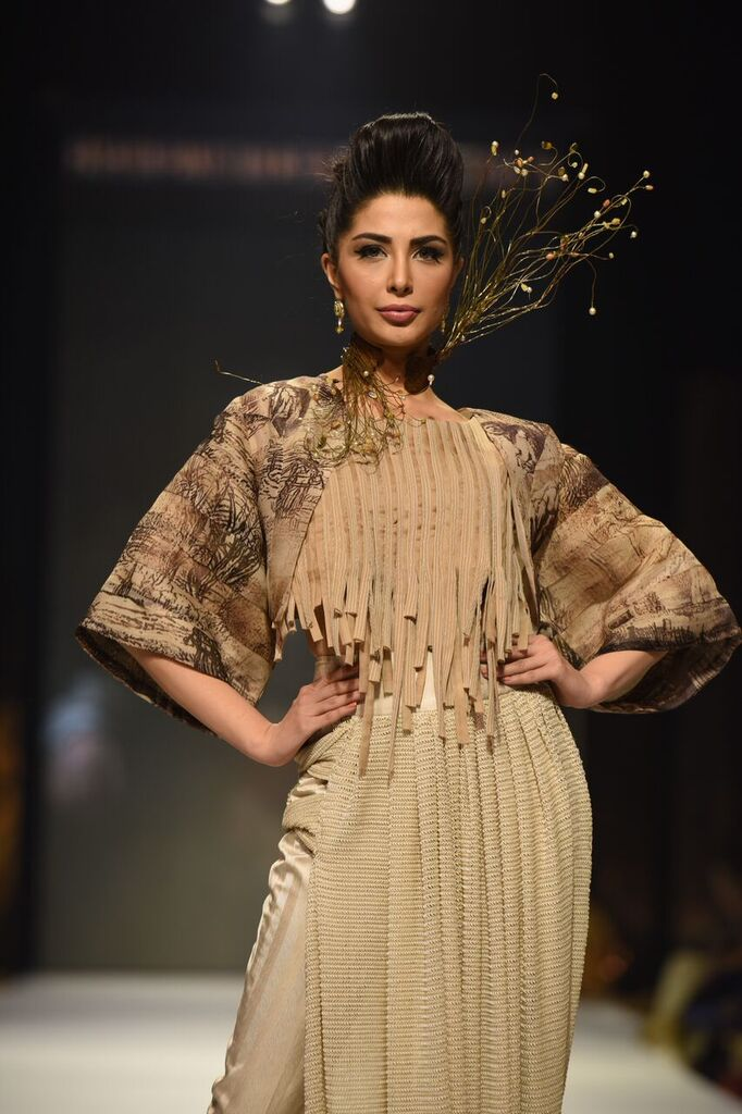 Nilofer Shahid Fashion Week Pakistan Karachi 2015 FPW15 6.jpeg
