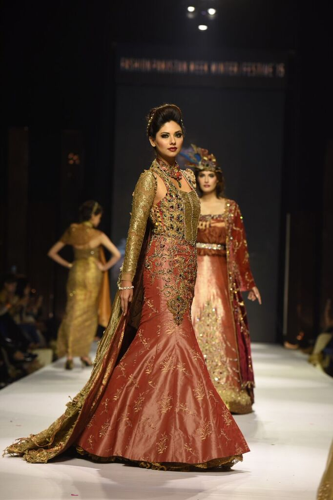 Nilofer Shahid Fashion Week Pakistan Karachi 2015 FPW15 10.jpeg