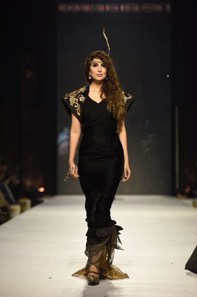 Nilofer Shahid Fashion Week Pakistan Karachi 2015 FPW15 17.jpeg
