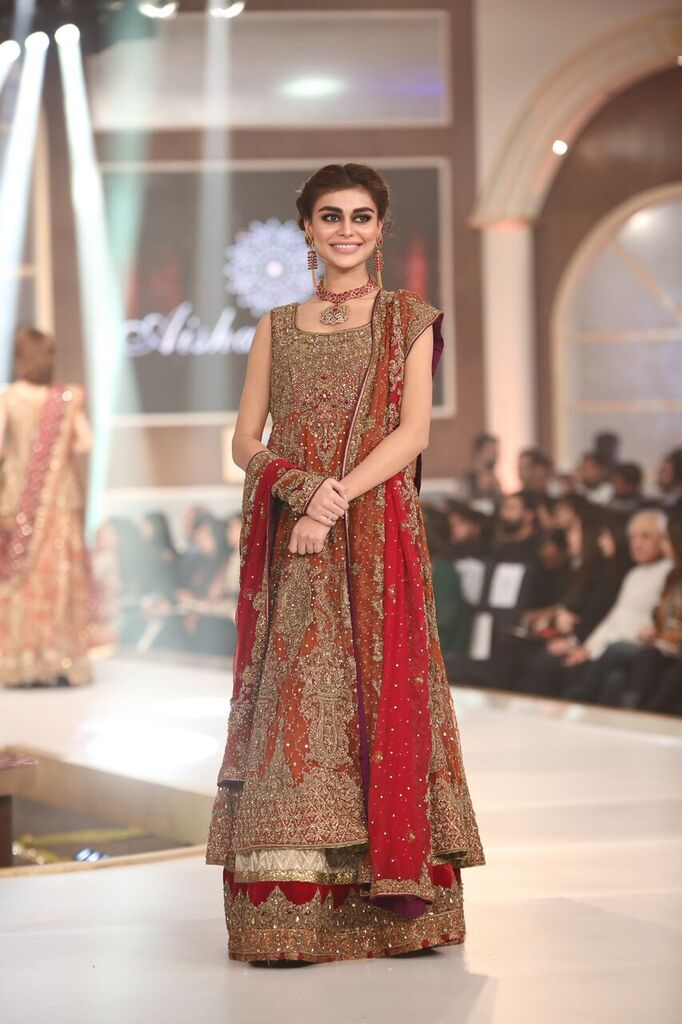 Aisha Imran Telenor Bridal Couture Week 2015 2.jpeg