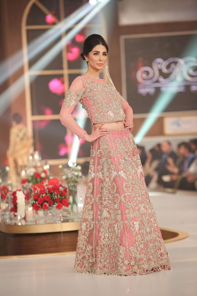 Sara Rohail Asghar Telenor Bridal Couture Week 2015 4.jpeg