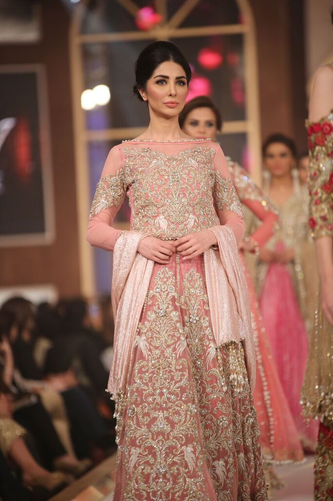 Sara Rohail Asghar Telenor Bridal Couture Week 2015 6.jpeg