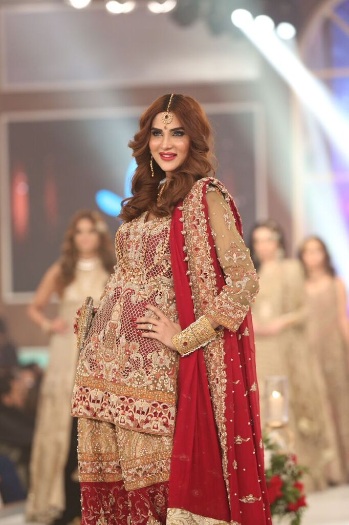 Shazia Kiyani Telenor Bridal Couture Week 2015 5.jpeg