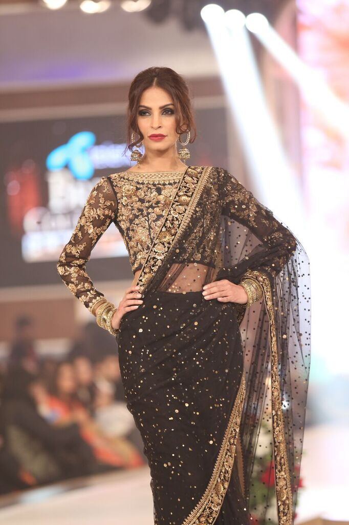 Zaheer Abbas Telenor Bridal Couture Week 2015 8.jpeg