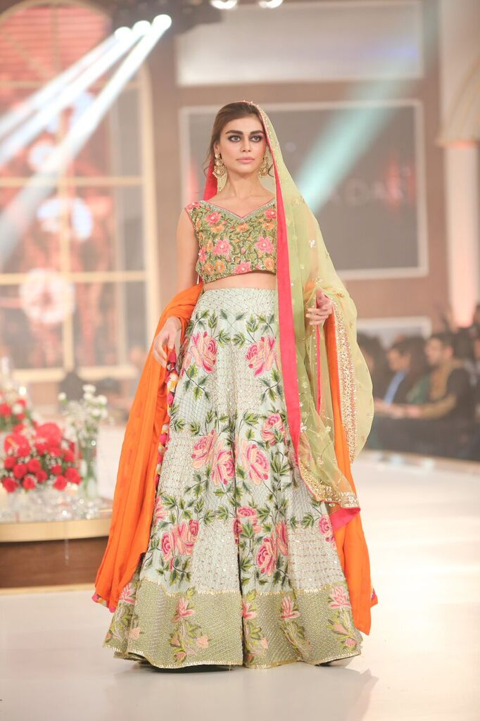 Zarmisha Dar Telenor Bridal Couture Week 2015.jpeg
