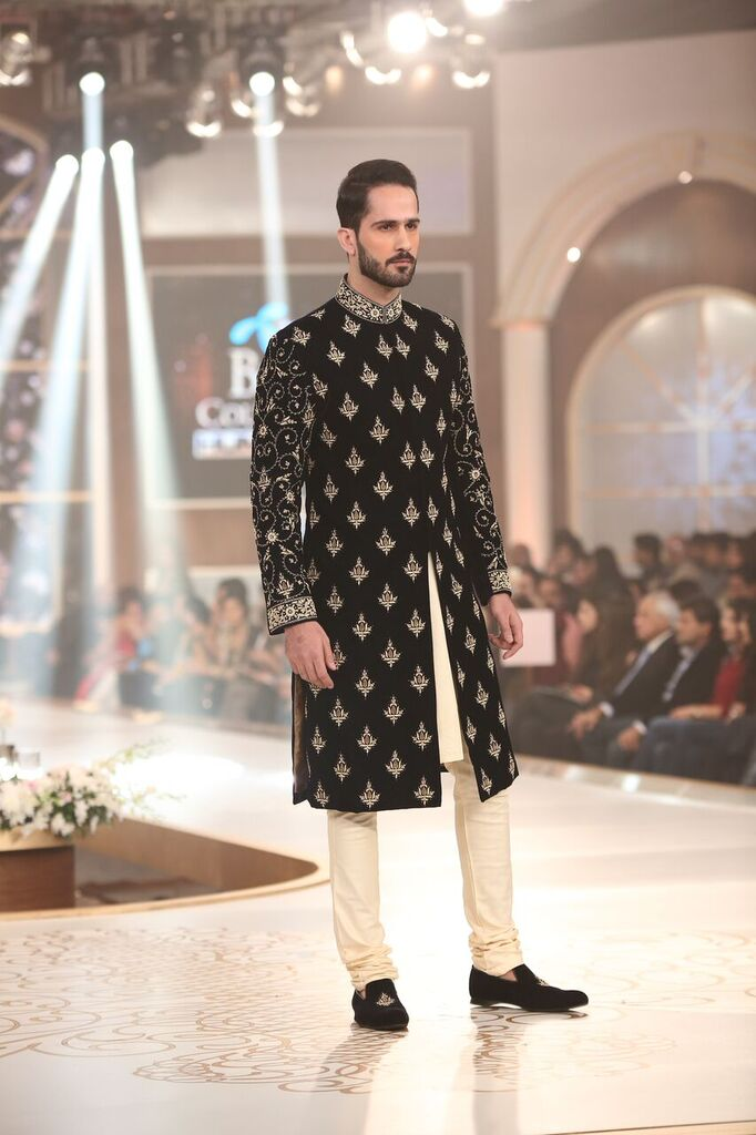Humayun Alamgir Pakistan Bridal Couture Week 2015 4.jpeg