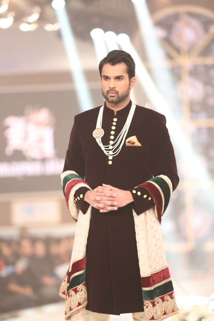 Humayun Alamgir Pakistan Bridal Couture Week 2015 8.jpeg