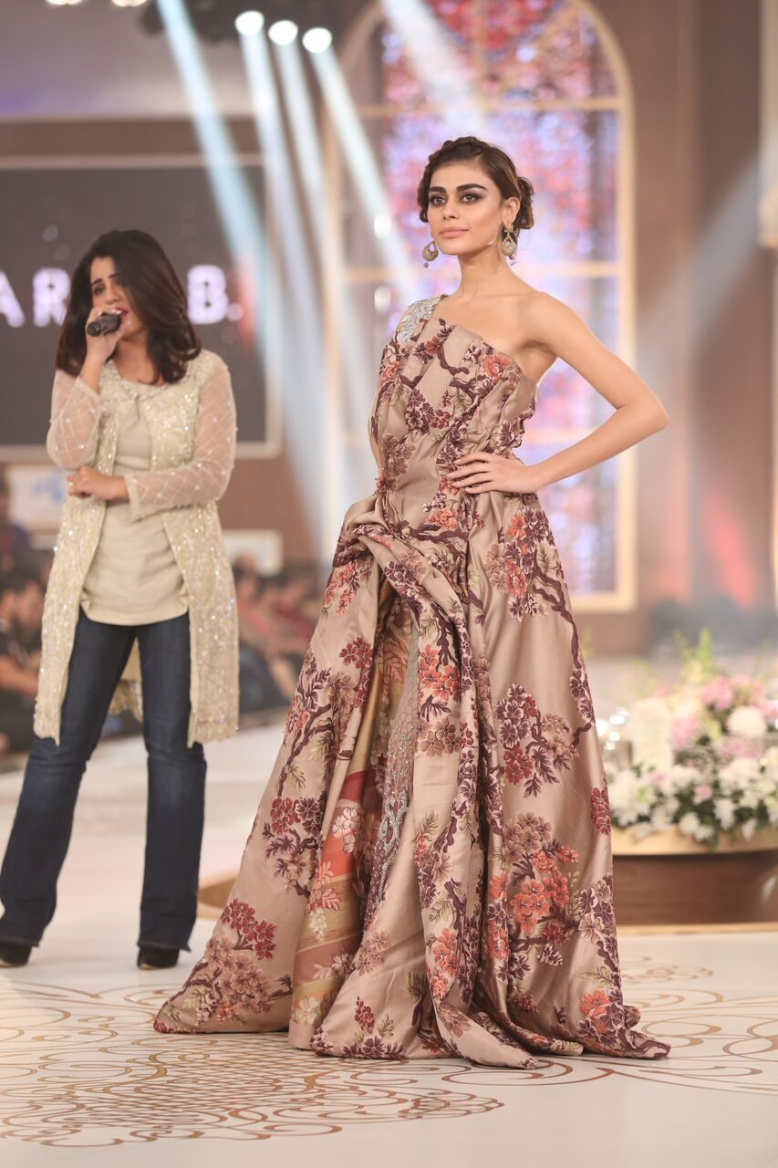 Maria B Pakistan Bridal Couture Week 2015.jpeg