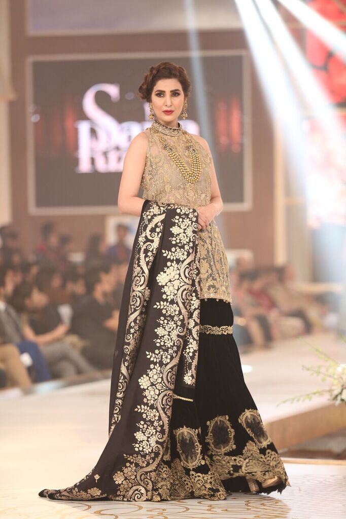 Saria Rizwan Pakistan Bridal Couture Week 2015 3.jpeg