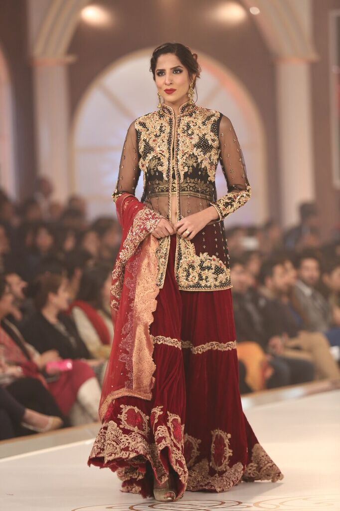 Saria Rizwan Pakistan Bridal Couture Week 2015 4.jpeg