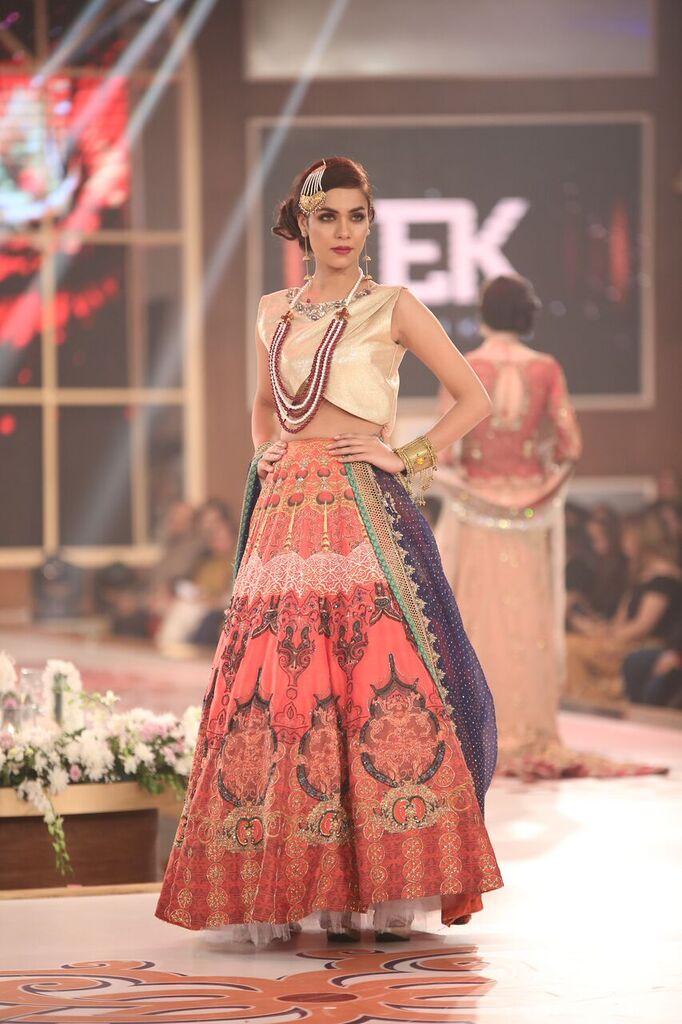 Erum Khan Telenor Bridal Couture Week 2015 7.jpeg