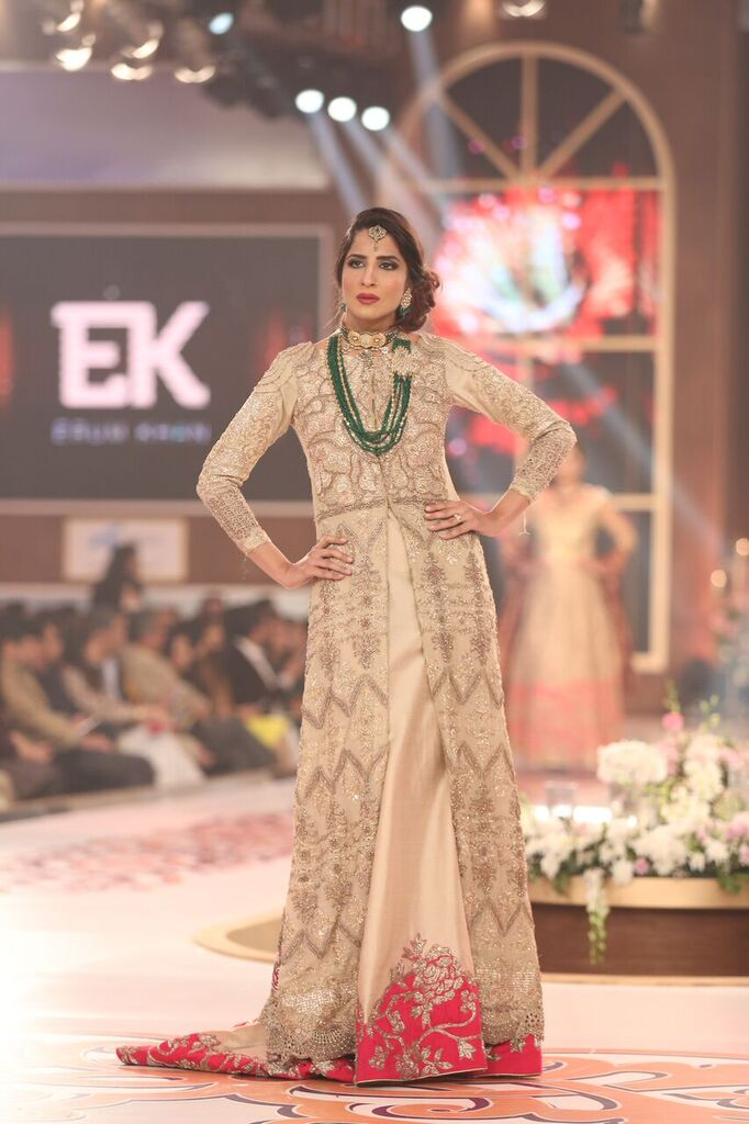 Erum Khan Telenor Bridal Couture Week 2015 11.jpeg