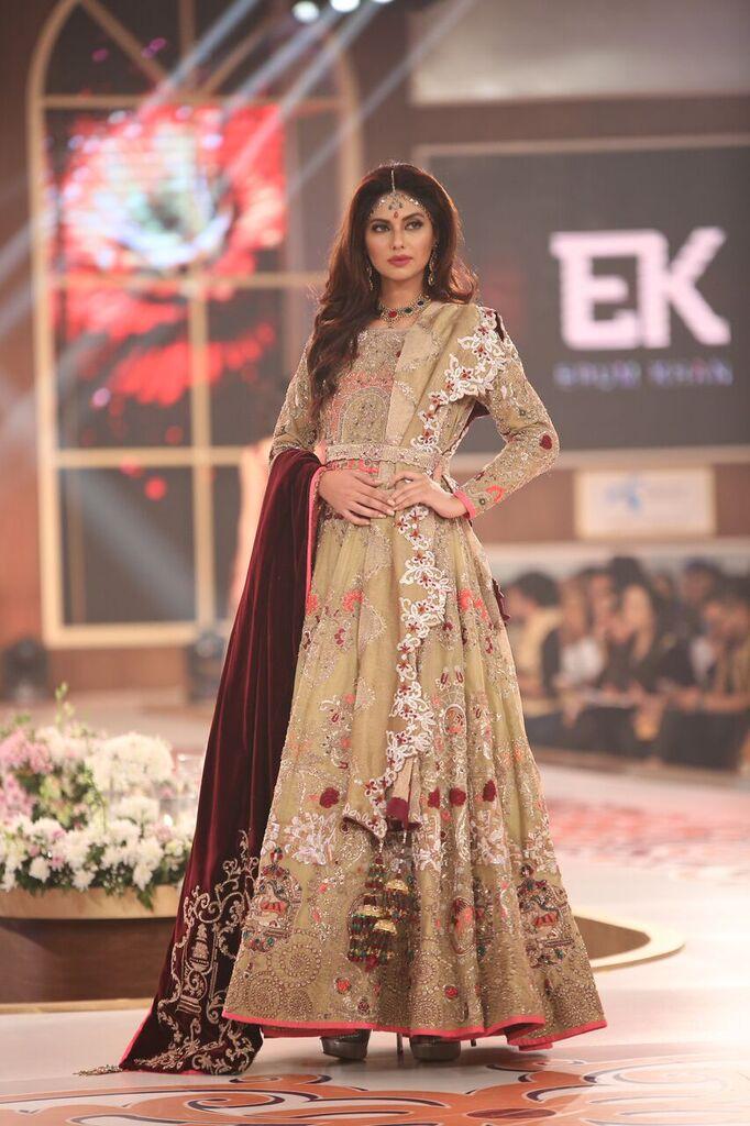 Erum Khan Telenor Bridal Couture Week 2015 10.jpeg