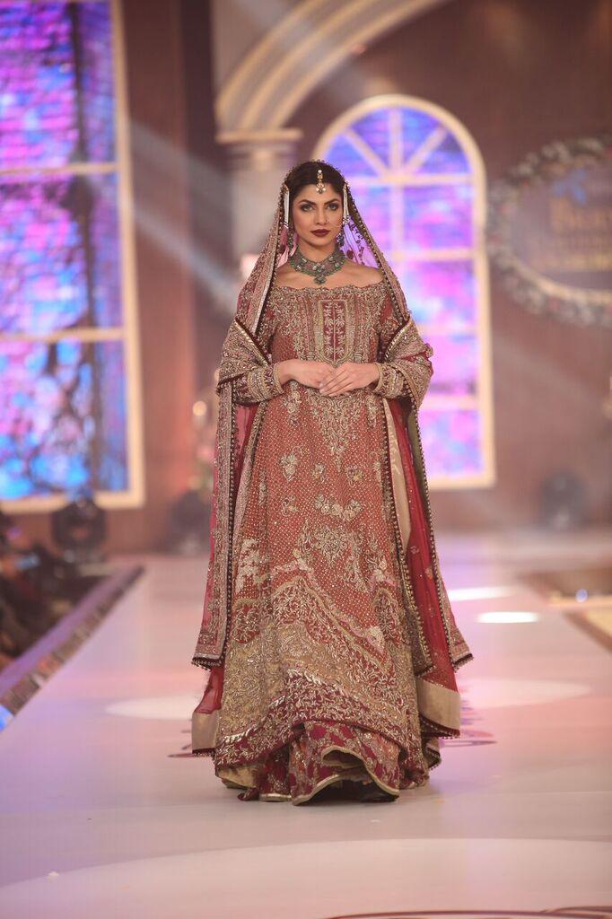 Fahad Hussayn Telenor Bridal Couture Week 2015 2.jpeg