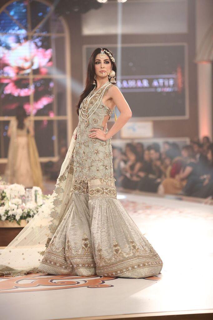Saai by Sahar Atif Telenor Bridal Couture Week 2015 8.jpeg