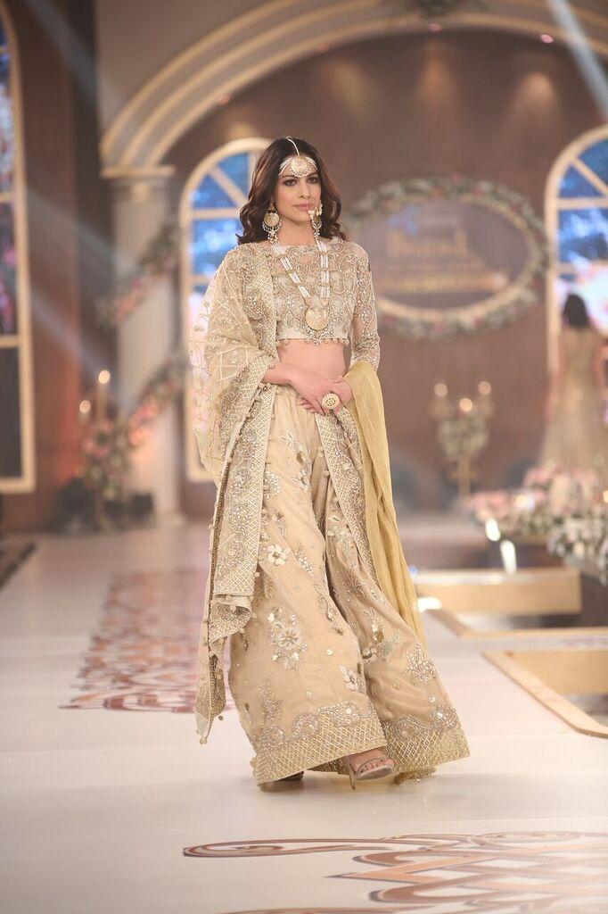 Saai by Sahar Atif Telenor Bridal Couture Week 2015 9.jpeg