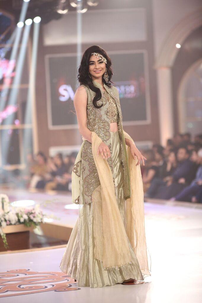 Saai by Sahar Atif Telenor Bridal Couture Week 2015 5.jpeg