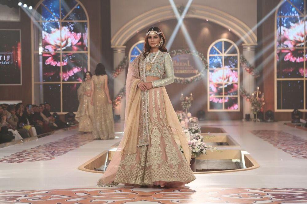 Saai by Sahar Atif Telenor Bridal Couture Week 2015 10.jpeg