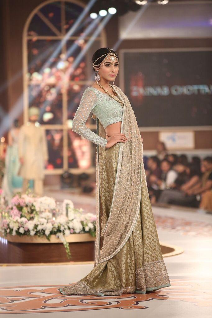 Zainab Chottani Telenor Bridal Couture Week 2015 3.jpeg