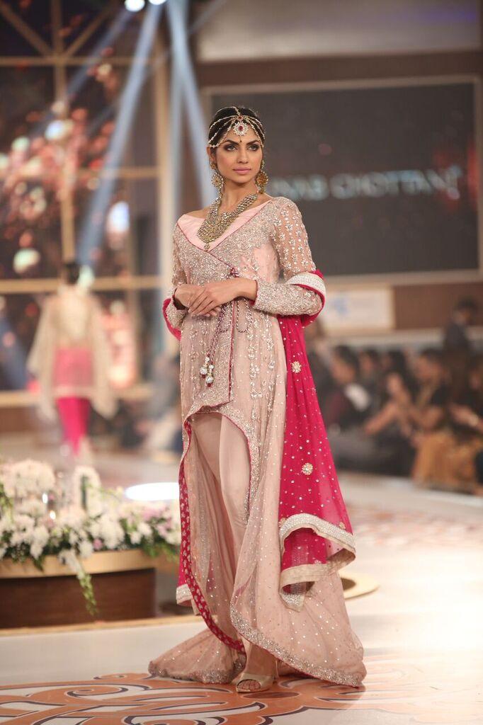 Zainab Chottani Telenor Bridal Couture Week 2015 6.jpeg
