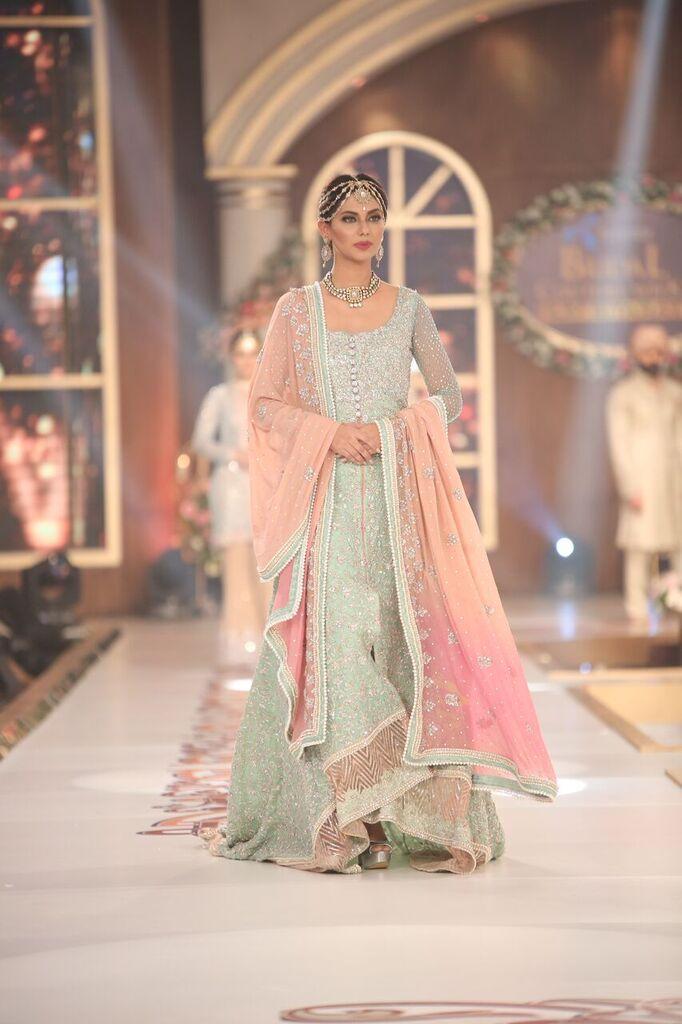 Zainab Chottani Telenor Bridal Couture Week 2015.jpeg