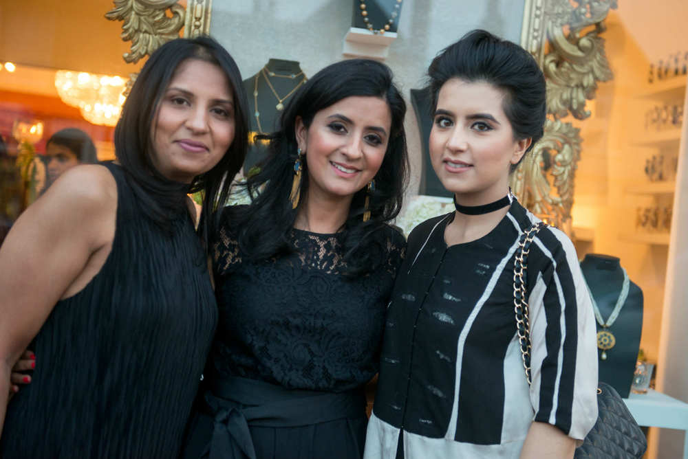 Shalini Gupta-Patel with guests (Photographer credit - RAFYL).jpg