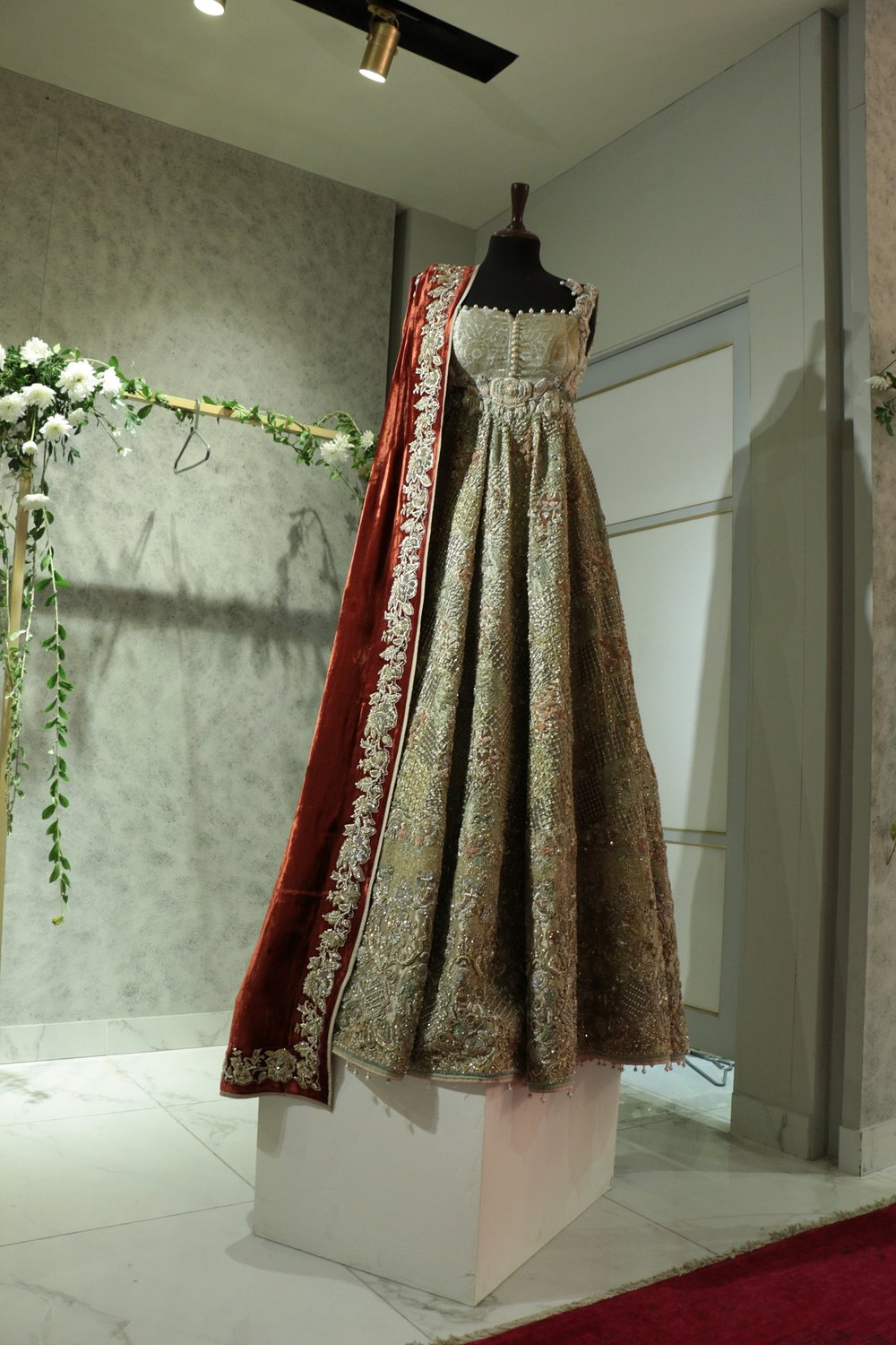 Saira Shakira holds an exclusive preview of their bridal collection Zohra (4).JPG