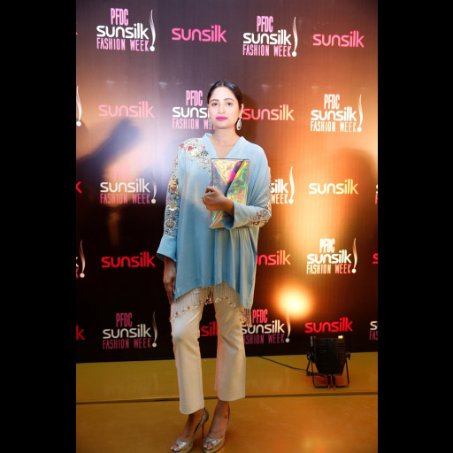 0027174001492166364psfw_april_2017_day_1_red carpet_spotted_16.jpg
