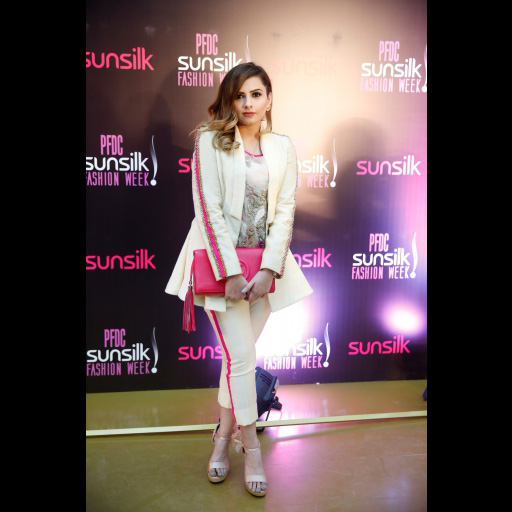 0058648001492428081pfdc_day_3_red_carpet_2017_spotted_35.jpg