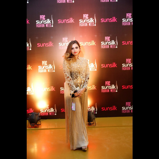0284189001492166491psfw_april_2017_day_1_red carpet_spotted_38.jpg
