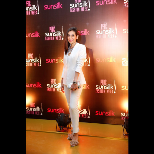 0285521001492166491psfw_april_2017_day_1_red carpet_spotted_39.jpg