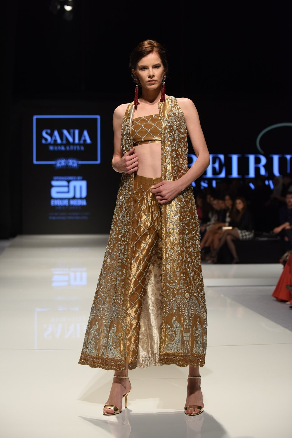 Sania-Maskatiya-Beirut-Fashion-Week-2017-F-17.jpg