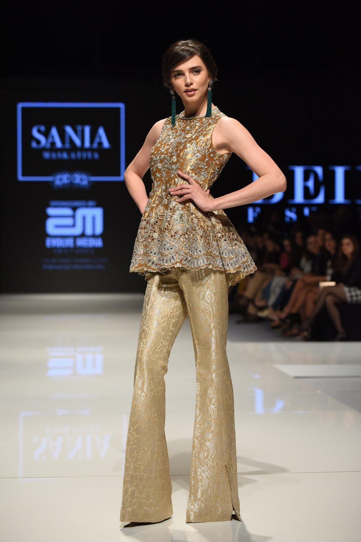 Sania-Maskatiya-Beirut-Fashion-Week-2017-F-20.jpg