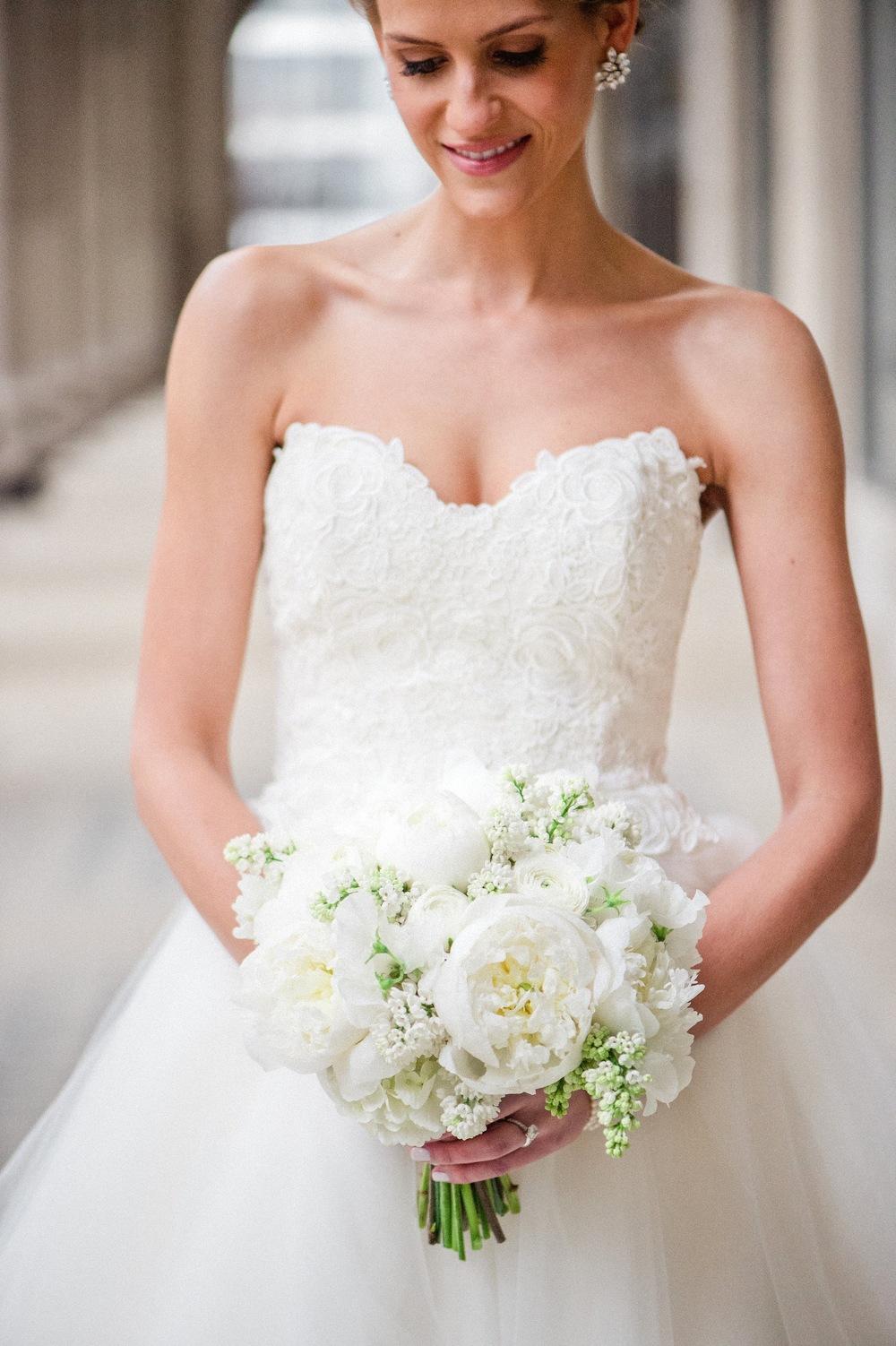 Fleur bridal bouquet, photo by Amanda Megan Miller, with Jayne Weddings