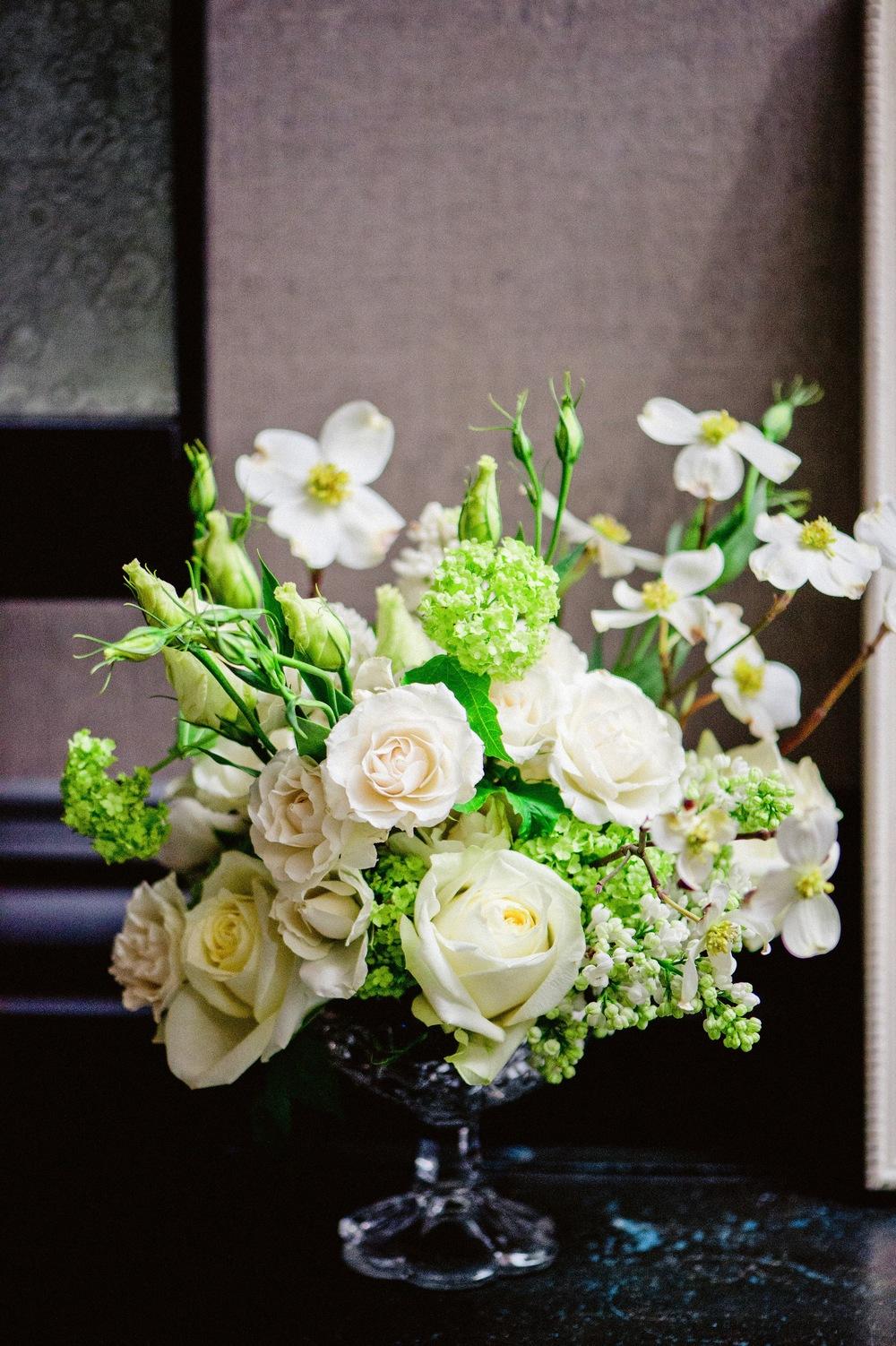 Flowers by Fleur Inc, photo by Amanda Megan Miller, wedding with Jayne Weddings