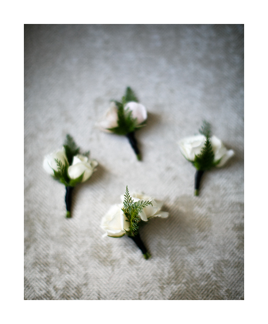 Boutonnieres by Fleur Inc, Photo by Kina Wicks Photography