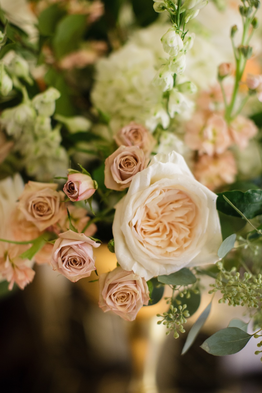 Centerpiece detail by Fleur Inc, photo by Sarah Postma Photography