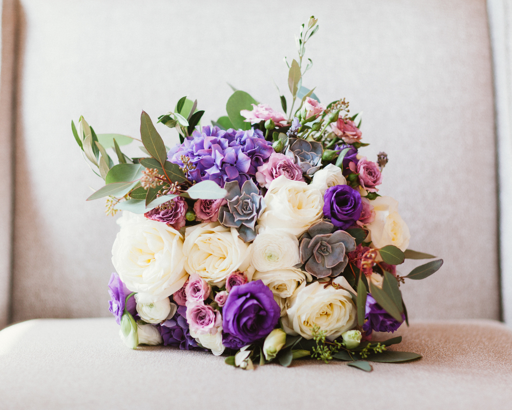 Flowers by Fleur Inc, Planning by Jayne Weddings, Photo by Studio Finch,