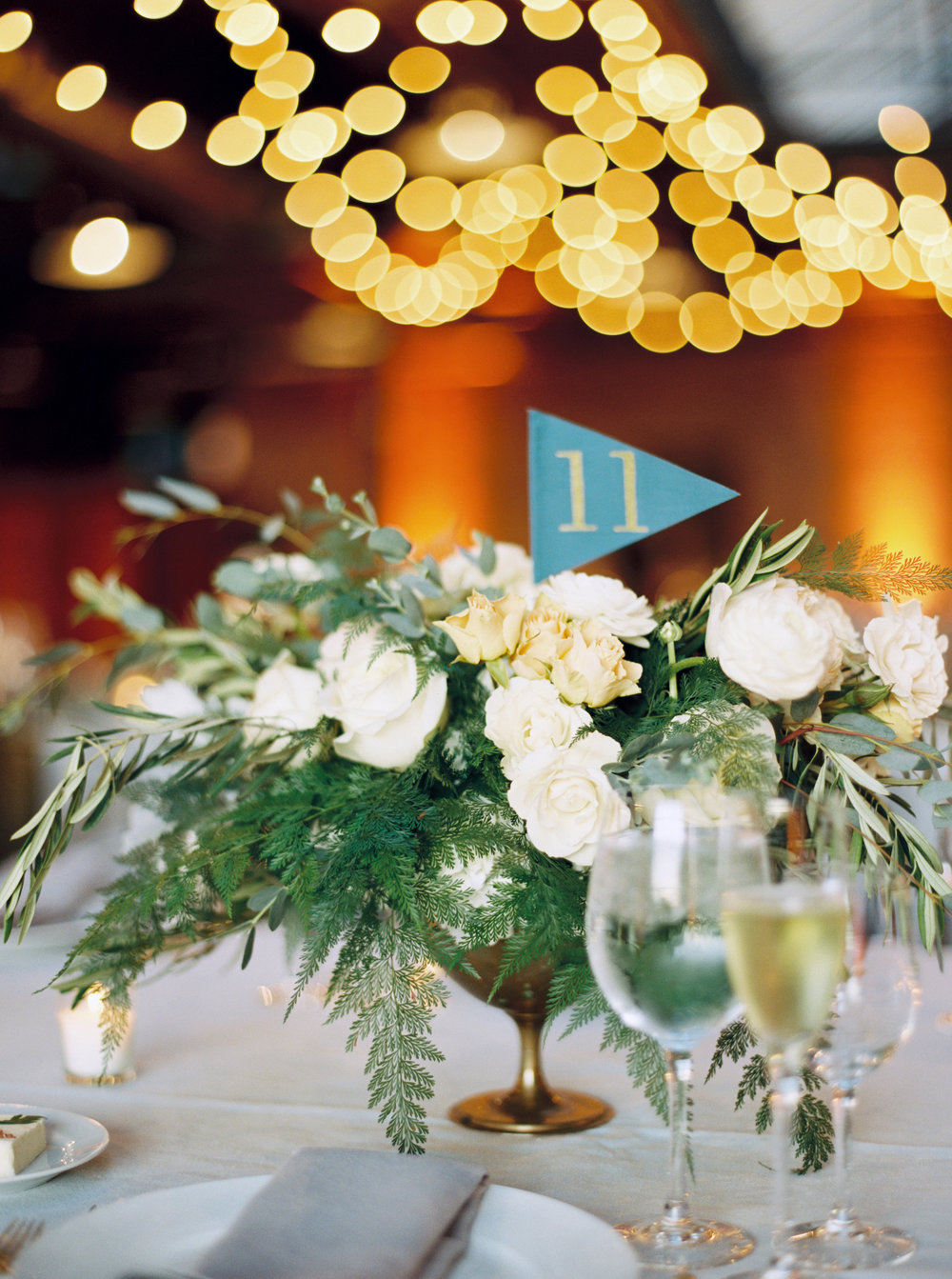 Flowers by Fleur Inc, Photo by Kyle John Photography, Planning by Estera Events