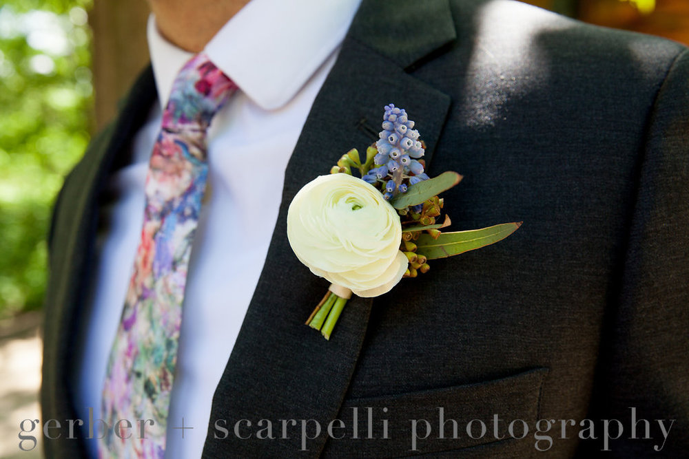 Flowers by Fleur Inc, photo by Gerber & Scarpelli