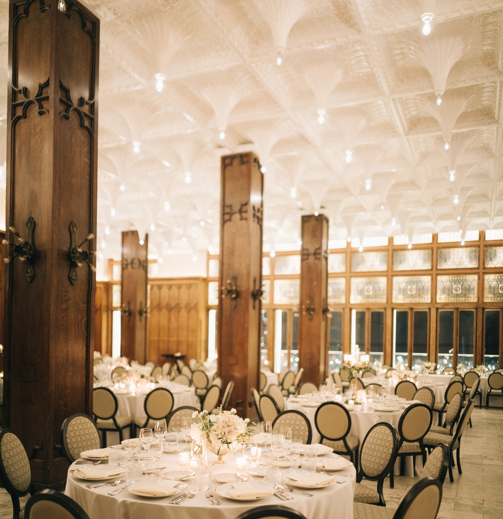 Flowers by Fleur Inc, Planning by Jayne Weddings, Photo by Sean Cook Weddings.  Winter wedding at the Chicago Athletic Association Hotel.