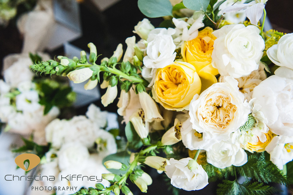 Flowers by Fleur Inc.  Photos by Christina Kiffney.  Planning by City Girl Events